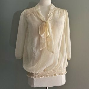 a.n.a Cream Blouse Size Large